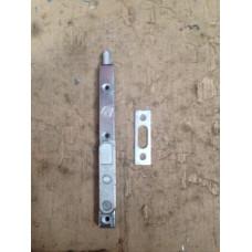 Ответная планка под шпингалет с фальцевым усилителем 13 мм-REHAU, (упак-25 шт)